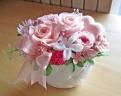 ジャスミンと優しいピンクのバラのプリザアレンジ♪