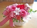 ジャスミンとピンク・レッド系のお花で華やかに♪