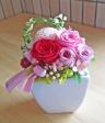 人気のピンク・レッド系で可愛らしく華やかに・・・