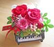 ピアノ♪♪人気のピンク・レッド系のお花で