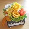 ピアノ♪♪明るくイエロー系のお花で
