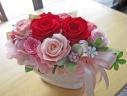 華やか赤いバラとピンク系のお花♪