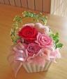 ピンク・レッド系のお花とピンクのハートで可愛く♪