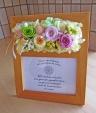 フォトスタンドにお花を添えて・・・