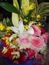 華やかな花束