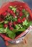 赤いミニバラのキュートなブーケ