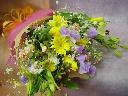 黄色いチューリップのお花束