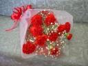 赤カーネーションのお花束