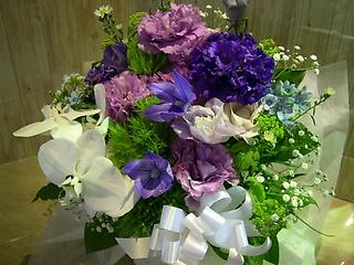 エレガント 濃い紫色のフラワ-アレンキメント