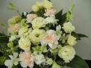「お供え花」~淡い花色