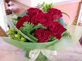 ★赤バラ 花言葉「愛情・情熱」★アレンジ花