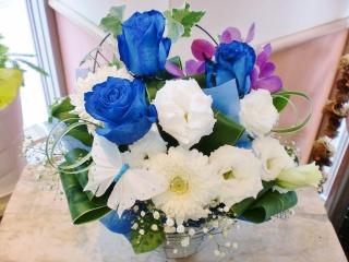 ★青バラ 花言葉 神の祝福★バタフライ アレンジ花