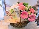 ★フェアートレードチョコレート★ピンクカーネーション入りおまかせ盛花