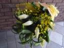 カサブランカとオンシジュームの花束