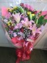 ゆり いっぱい花束☆