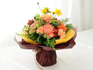 ラッピングのまま飾れる花束【オレンジ】