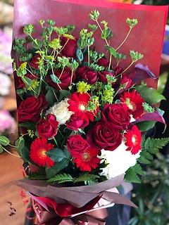 情熱の赤いバラで*花束