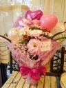 花束「ピンクのバルーンでキュートに♪」