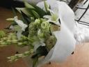 白いお花の花束