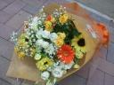 八重咲きホワイトトルコキキョウのブーケ