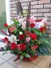 赤バラのピンクレッド系ゴージャスなアレンジメント
