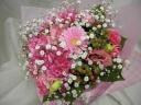 ピンクカーネションのラウンド花束