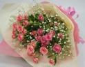 ミニバラとカスミ草の花束