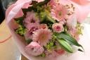 *ふんわりピンクのやさしい花束*