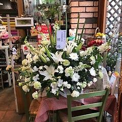 白系供花アレンジメント