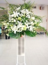 ホワイト系!上品なスタンド花♪(*'▽')ノ