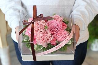 オシャレなお母さんへ贈るボックスアレンジメント