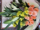 イエロー&オレンジの花束
