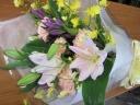 季節のお供花束
