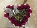 赤バラの可愛いハート形のプリザーブドフラワー