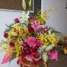薔薇と蘭・百合お祝いアレンジメント
