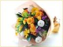 オレンジ色や黄色のお花で花束を♪