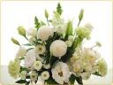 シンプルでゴージャスなお供え花♪