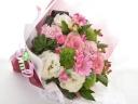 淡いピンク系の花束♪