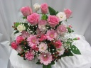 ピンクのバラとガーベラのアレンジメント・P50