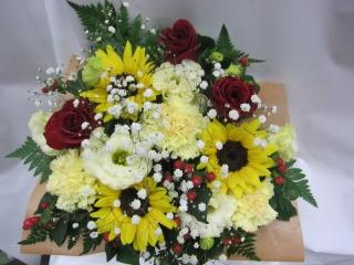 赤バラと黄色いお花のアレンジ・RY40