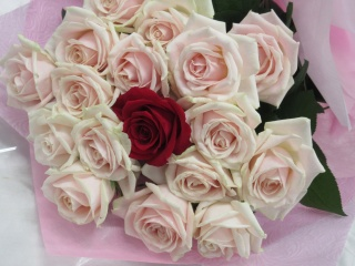 大好き*ピンクのバラの花束・ブーケスタイルで・・・