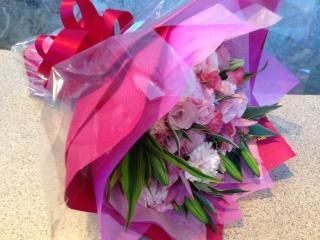 ピンクバラ・ユリのボリューム花束(ブーケタイプ)