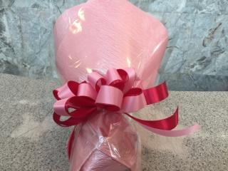 鮮やかピンクのラウンド花束(ブーケタイプ)