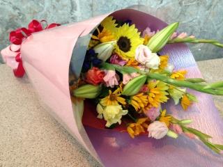 ビタミンカラーのストレート花束