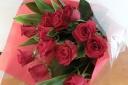 赤ばらの花束