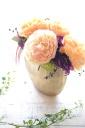 豪華バラのアレンジ(ゴールド陶器入り)