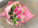 ソフトピンクのゴージャス花束