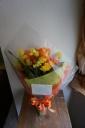 元気をお届け♪ビタミンカラーな花束