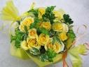 黄バラのアレンジメント