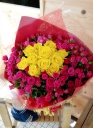 バラとスプレバラの花束